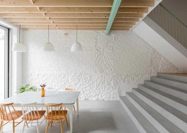 Renier Chalon / MAMOUT architects + AUXAU - Atelier d'architecture, © Guy-Joël Ollivier