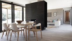 Casa Parrón / Croxatto y Opazo Arquitectos