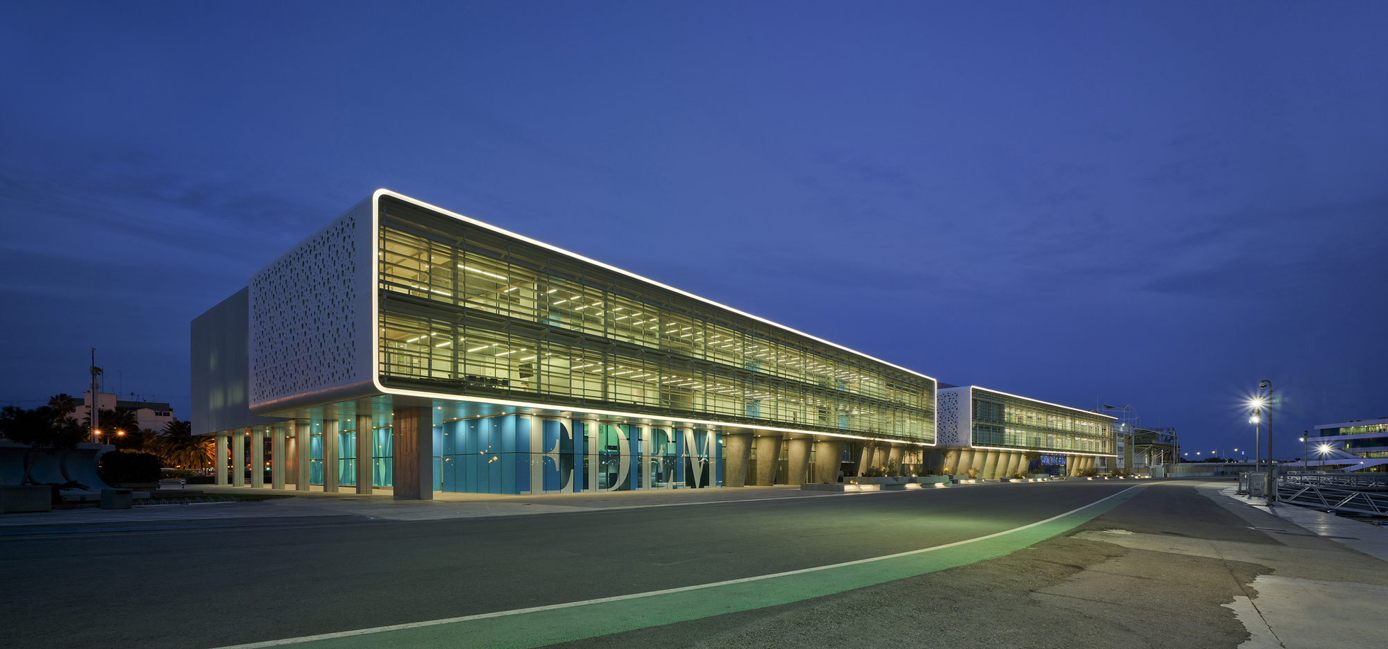 Marina de empresas erre arquitectura archdaily m xico for Empresas de arquitectura