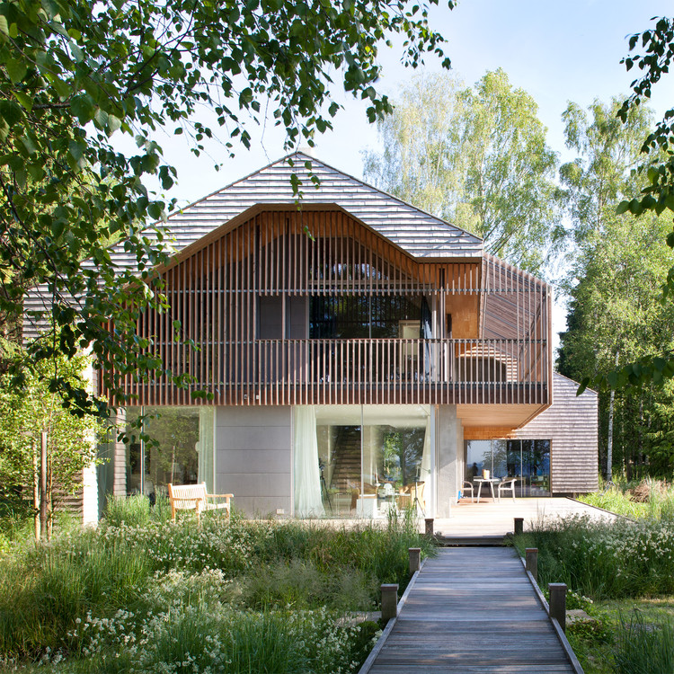 Lakeside Living House and Garden by Stephan Maria Lang - Bronze A' Design Award Winner for Architecture, Building and Structure Design Category in 2018. Image Courtesy of A' Design Award & Competition