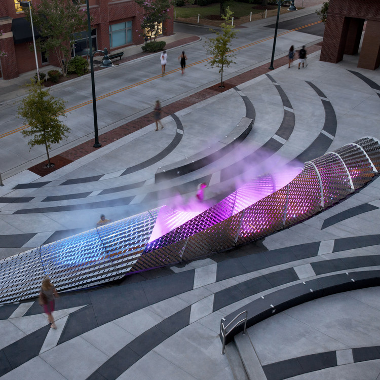 Exhale Public Plaza by Mikyoung Kim Design - Platinum A' Design Award Winner for Landscape Planning and Garden Design Category in 2018. Image Courtesy of A' Design Award & Competition