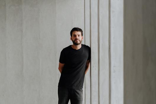 Paulo Tavares. Image © Gabriel Ribeiro