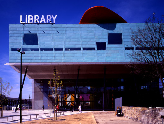 Peckham Library, 2000. Image Courtesy of aLL Design