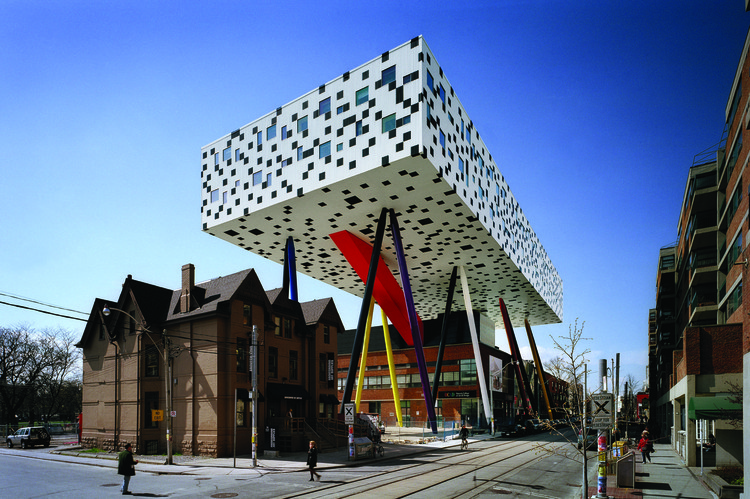 "Will Alsop: ""That's the Art of Architecture—Putting Everything Together in Your Own Way"", Sharp Centre for Design at the Ontario College of Art and Design, 2004. Image Courtesy of aLL Design"
