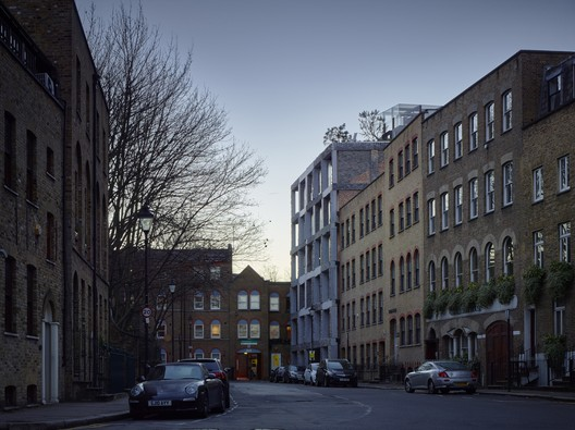 15 Clerkenwell Close / Amin Taha + Groupwork. Image © Tim Saor