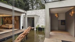 Manja Spa / PLAYGROUP Studio + AHCPL