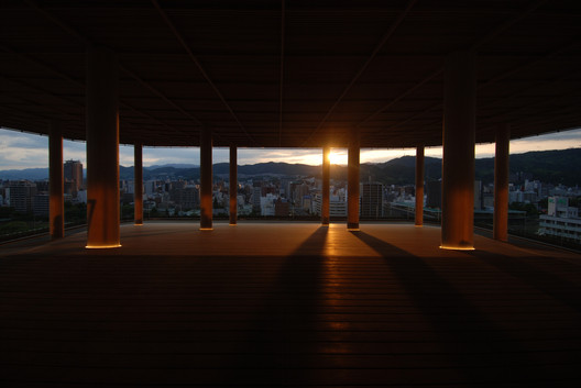 Hiroshima Orizuru Tower. Image © Sambuichi Architects