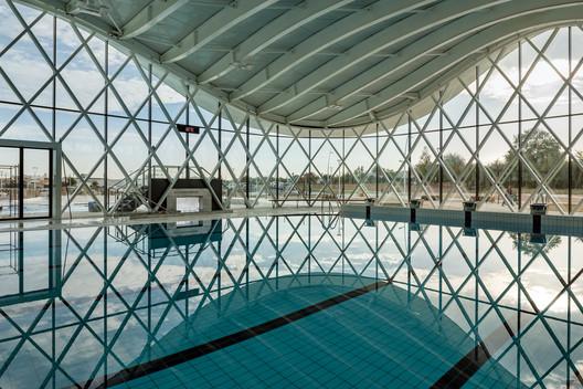 Swimming Pool in Saint Gilles Croix de Vie / Brochet Lajus Pueyo Architects