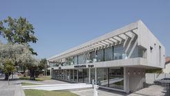 Showroom de Porcelanosa Grupo en Chile del arquitecto Gonzalo Mardones entre los ganadores de la final mundial Prix Versailles 2018