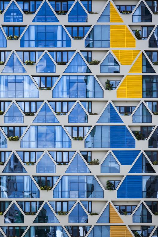 Venue Hotel / Aline Architect, © Hiroyuki Oki