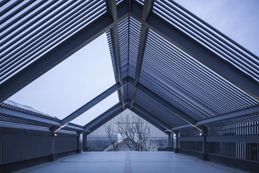 Activity terrace. Image © Xin Nie