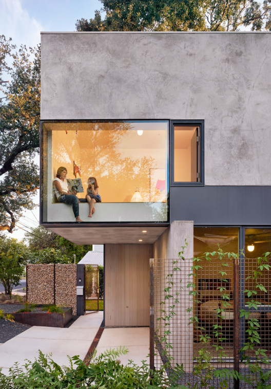 South 5th Residence; Austin, Texas | alterstudio architecture. Image © Casey Dunn