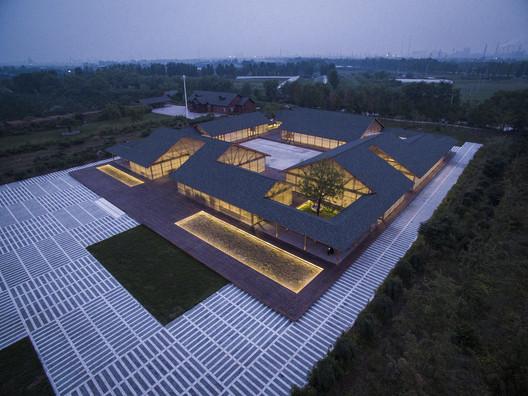 Tangshan Organic Farm, 2015. Image © Jin Weiqi