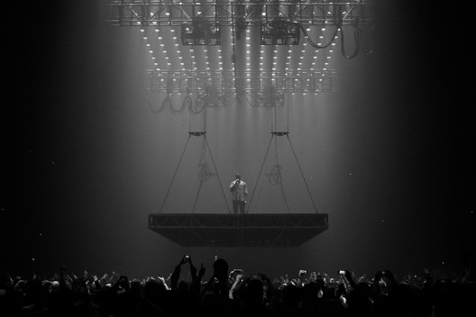 Kanye West performing at Boston's TD Garden during his 2016 Saint Pablo tour. Image © <a href='https://www.flickr.com/photos/kennyysun/29441840635'>Flickr user kennyysun</a> licensed under <a href='https://creativecommons.org/licenses/by/2.0/'>CC BY 2.0</a>