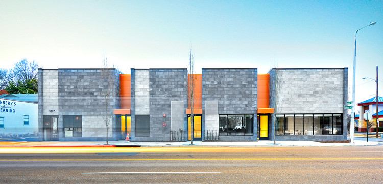 Renasant Bank / brg3s Architects, © Chad Mellon