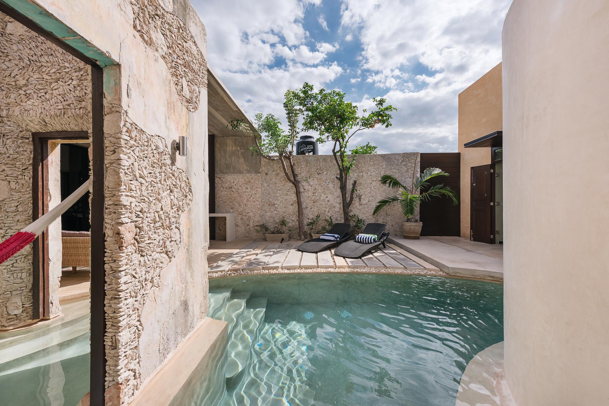 Xolotl House / Punto Arquitectónico