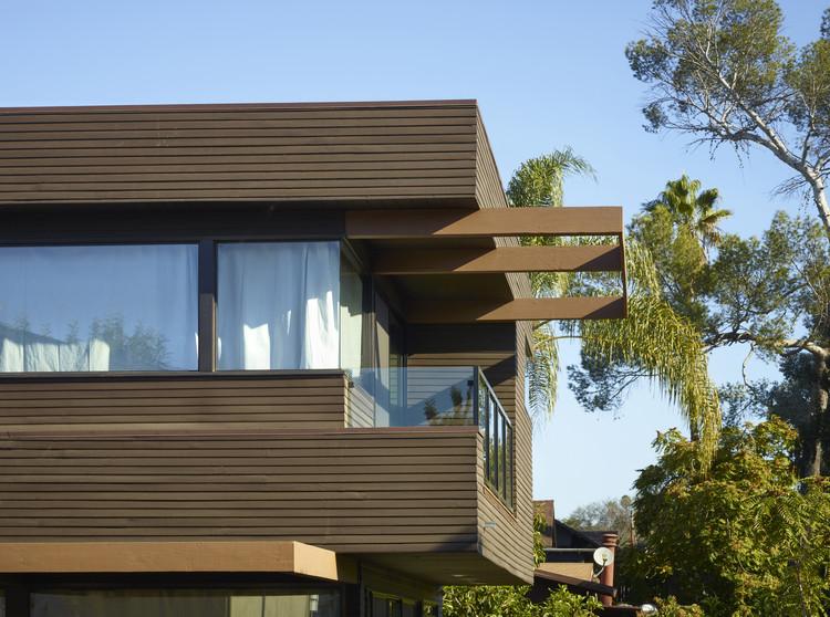 Brucato House / Martin Fenlon Architecture, © John Linden