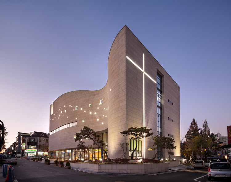 Daejun Holy Light Church / Lee Eunseok + Atelier KOMA, © Joonhwan Yoon