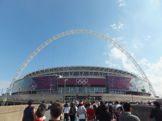 © <a href='https://commons.wikimedia.org/wiki/File:Wembley_Stadium_during_London_2012_Olympic_Games.JPG'>Wikimedia user Richard Johnson</a> licensed under <a href='https://creativecommons.org/licenses/by-sa/3.0/'>CC BY-SA 3.0</a>