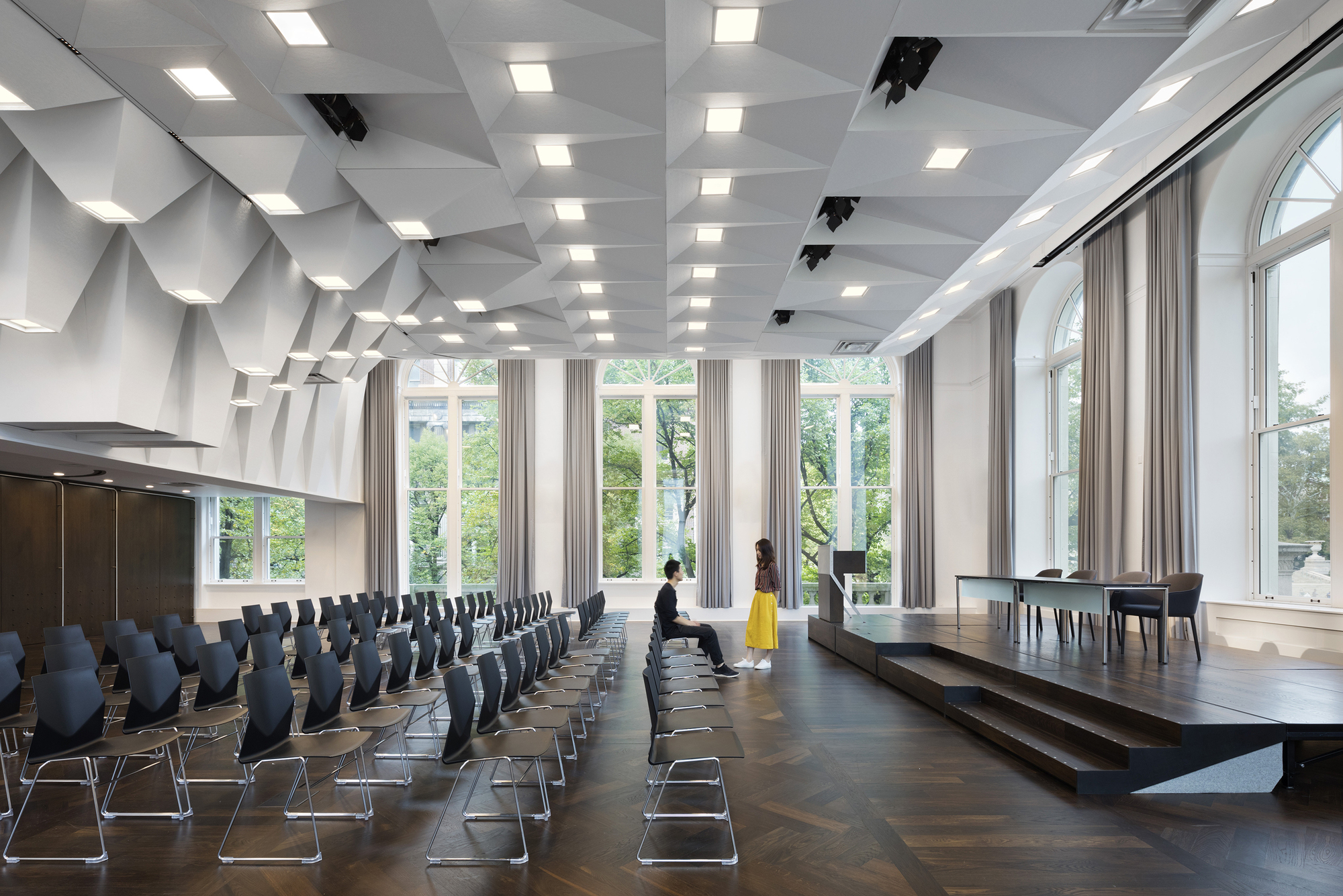 joseph d  jamail lecture hall    ltl architects
