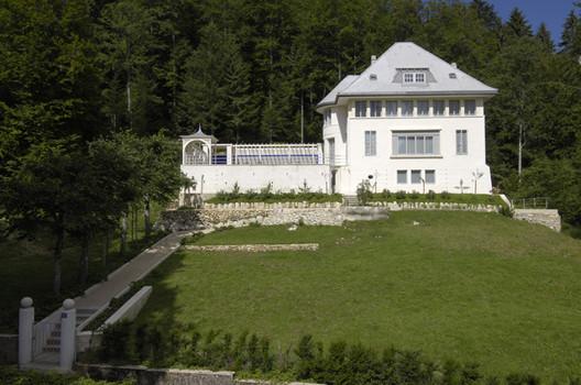 Villa Jeanneret-Perret, Le Corbusier. © Eveline Perroud, via Wikipedia. License CC BY-SA 3.0