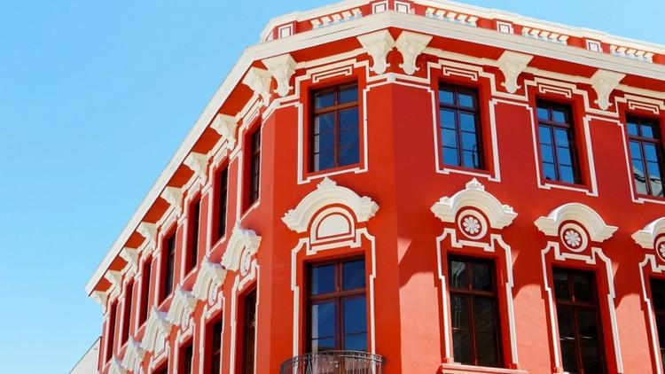 Projeto pretende instalar QR codes em edifícios históricos de Curitiba com detalhes das obras, Foto: Arquivo/Gazeta do Povo/Antonio More