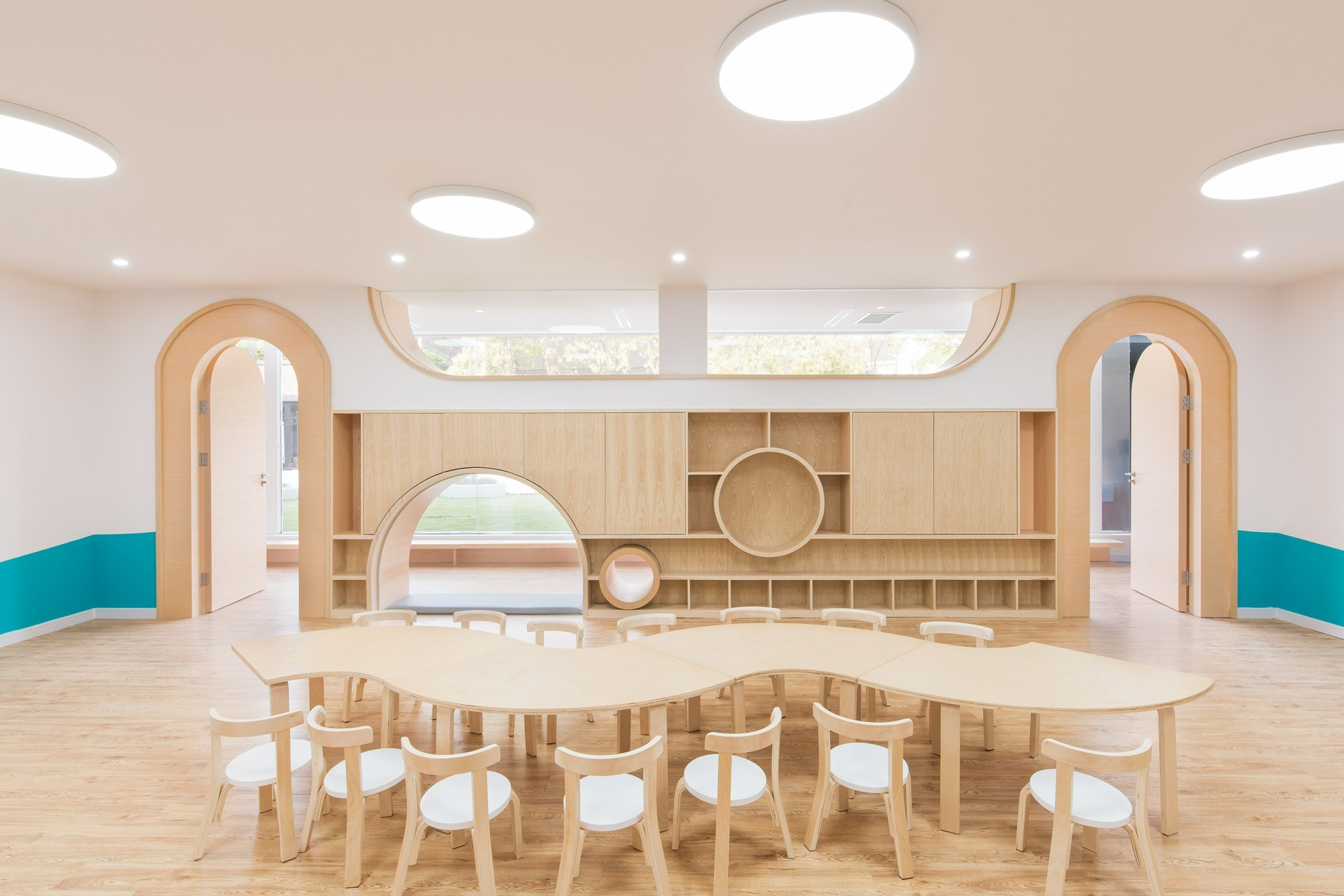 Early Education Center Near The Horse Farm L M Design Lab Archdaily