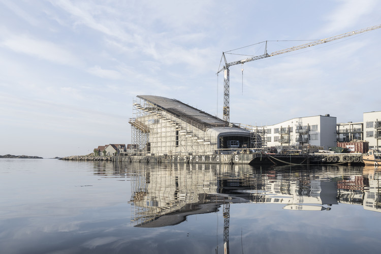 New Photographs Show Construction of Snøhetta's Underwater Restaurant in Norway, © Aldo Amoretti