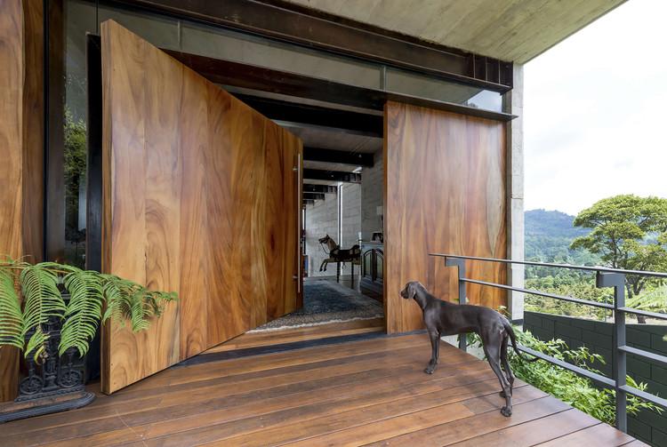 Casa Ayvalaan / Paz Arquitectura, © Andrés Asturias