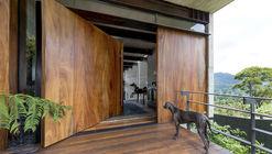 Ayvalaan House / Paz Arquitectura
