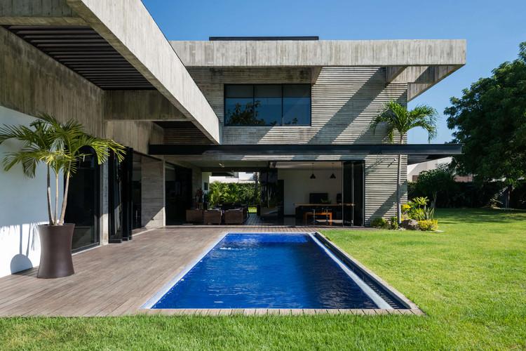 Clara House / Paz Arquitectura, © Andrés Asturias