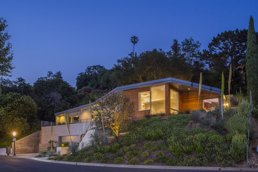 View House / ANX