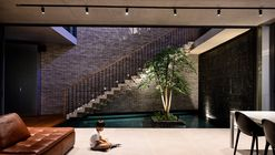 Surprising Seclusion / HYLA Architects