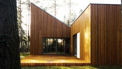 Forest House in Kuźnica Kiedrzyńska / grupaVERSO