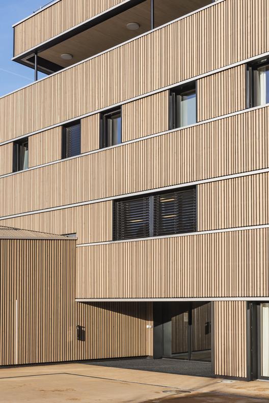 Pôle Séniors Aigues-Vertes / 3BM3 Atelier d'Architecture SA – C. Stendardo et B. Montant, © L- Fascini