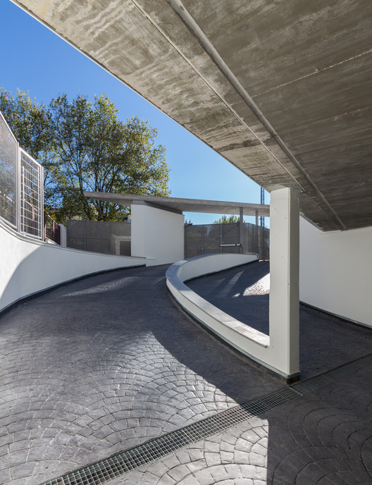 residencial islas de cabo verde 82 cano y escario arquitectura archdaily m xico. Black Bedroom Furniture Sets. Home Design Ideas