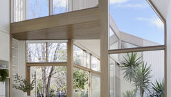 Casa Tess + JJ / po-co Architecture