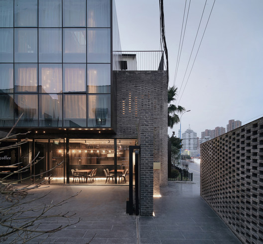 Entrance. Image © SCHRAN Architectural Photography, Xuanmin Jin