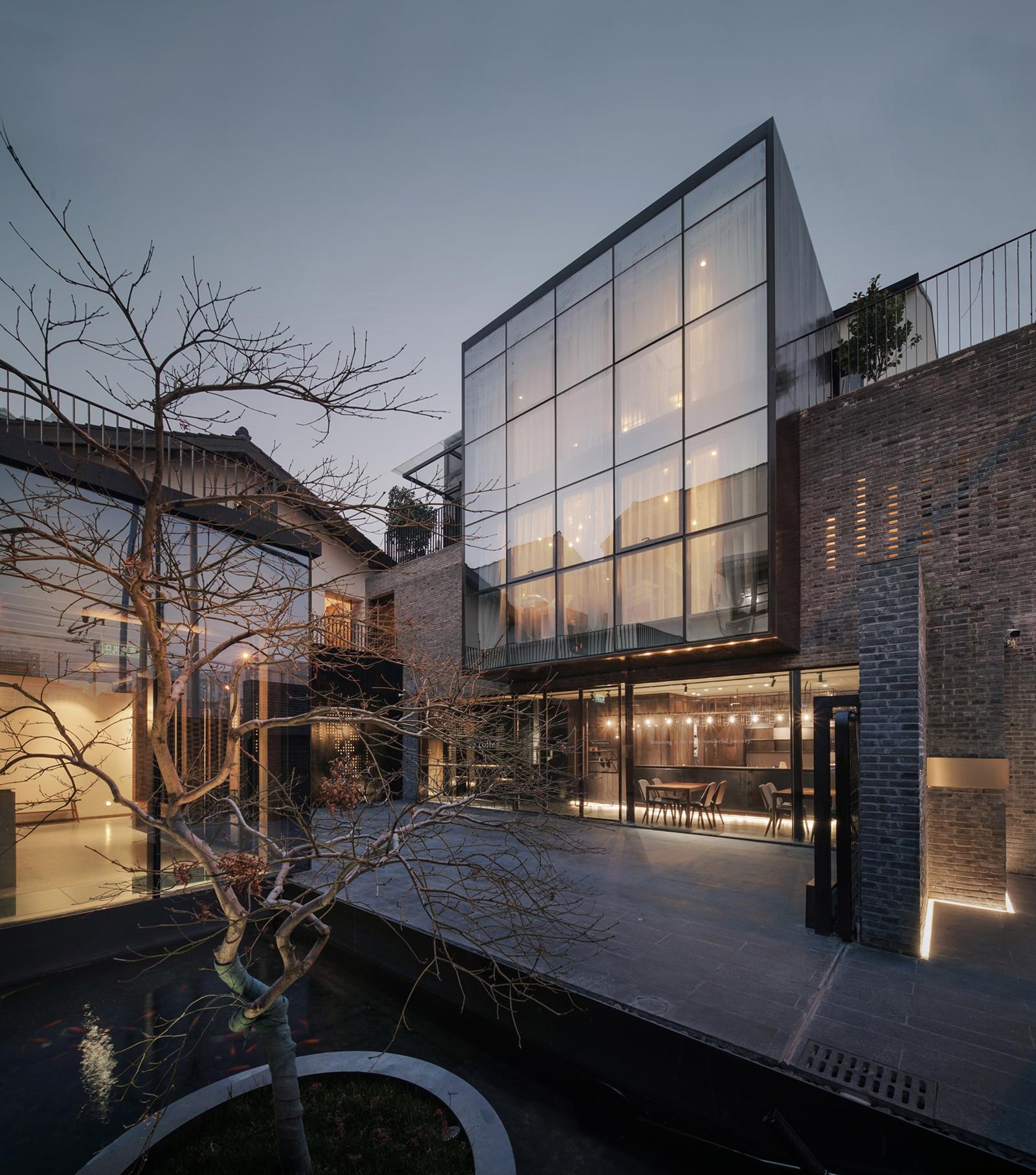 Yu Hotel / Shanghai Benzhe Architecture Design