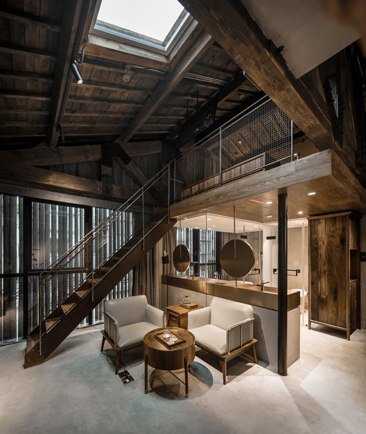 Loft guest room. Image © SCHRAN Architectural Photography, Xuanmin Jin