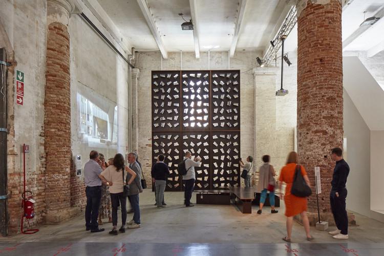 'La presencia de la ausencia': Barclay & Crousse en la Muestra Central de la Bienal de Venecia 2018, © Cristobal Palma / Estudio Palma