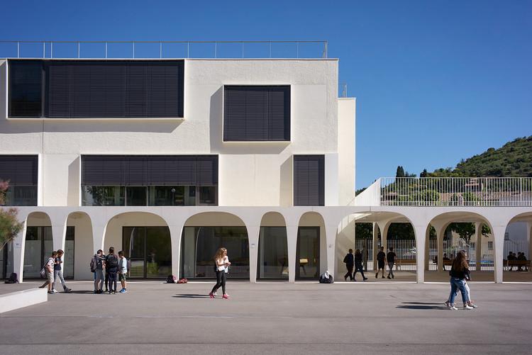 Collège Maxime Javelly / Céline Teddé & Jérôme Apack architectes, © Julien Lanoo