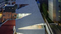 M.C. Building / URCODE Architecture