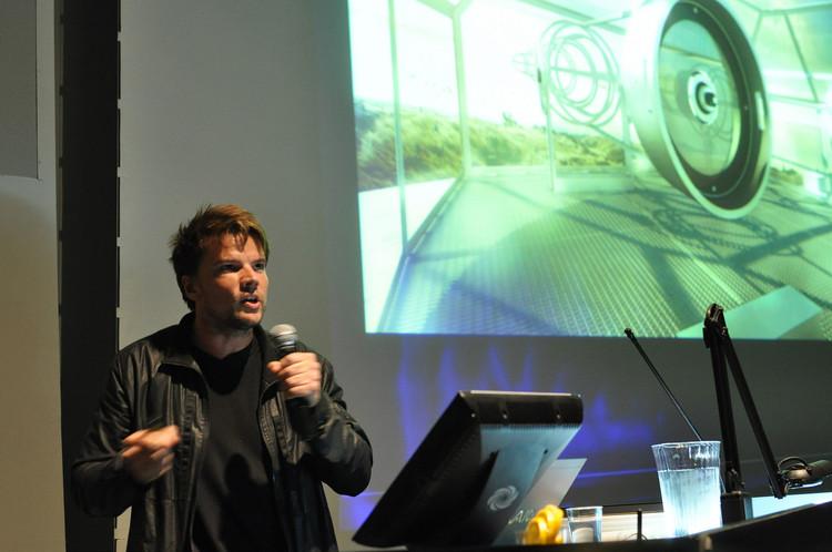"""Bjarke Ingels: """"Gentrificação não é só negativa, também é o motor para a redefinição do urbano"""", Fotografia: <a href=""""https://visualhunt.com/author/7420b8"""">Columbia GSAPP</a> no <a href=""""https://visualhunt.com/re/e3e053"""">Visual hunt</a> / <a href=""""http://creativecommons.org/licenses/by/2.0/""""> CC BY</a>"""