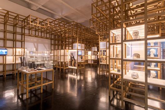 Kéré Architecture Designs Sceneography for Exhibition on Racism