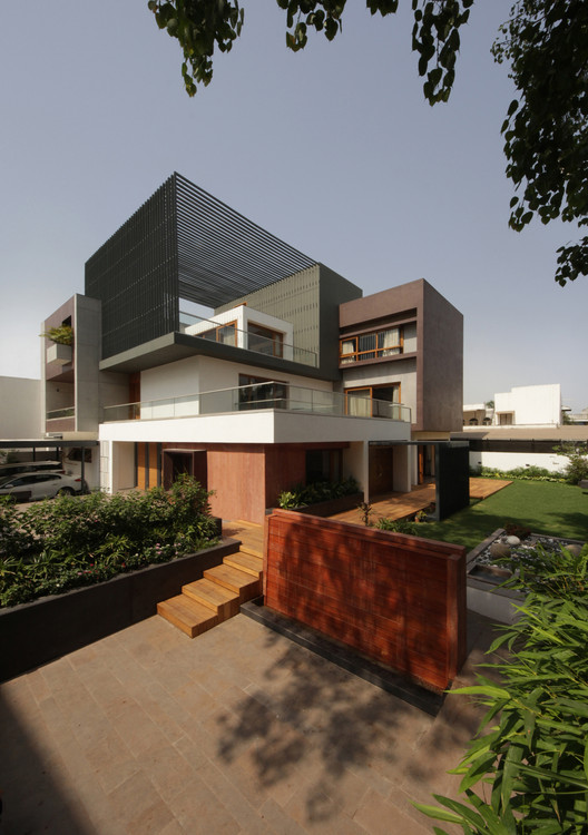 The Cube House / Reasoning Instincts Architecture Studio, © Krunal Mistry