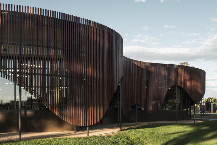 Cobram Library & Learning Center / CohenLeigh Architects, Courtesy of CohenLeigh Architects