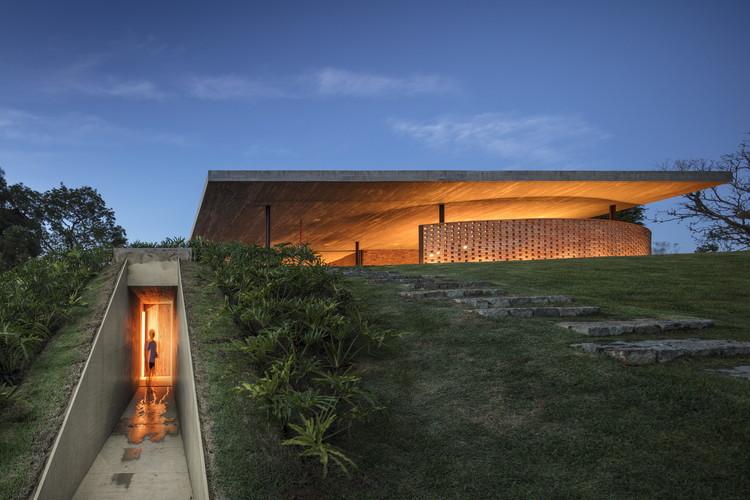 Casa Plana / Lair Reis + Studio MK27 - Marcio Kogan, © Fernando Guerra | FG+SG