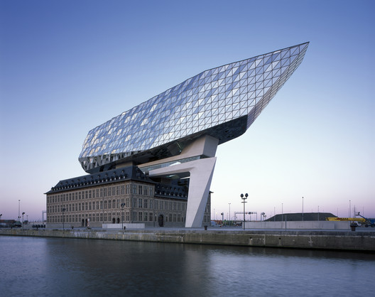 Port offices of Antwerp, Zaha Hadid Architects, 2016. Image © Helene Binet