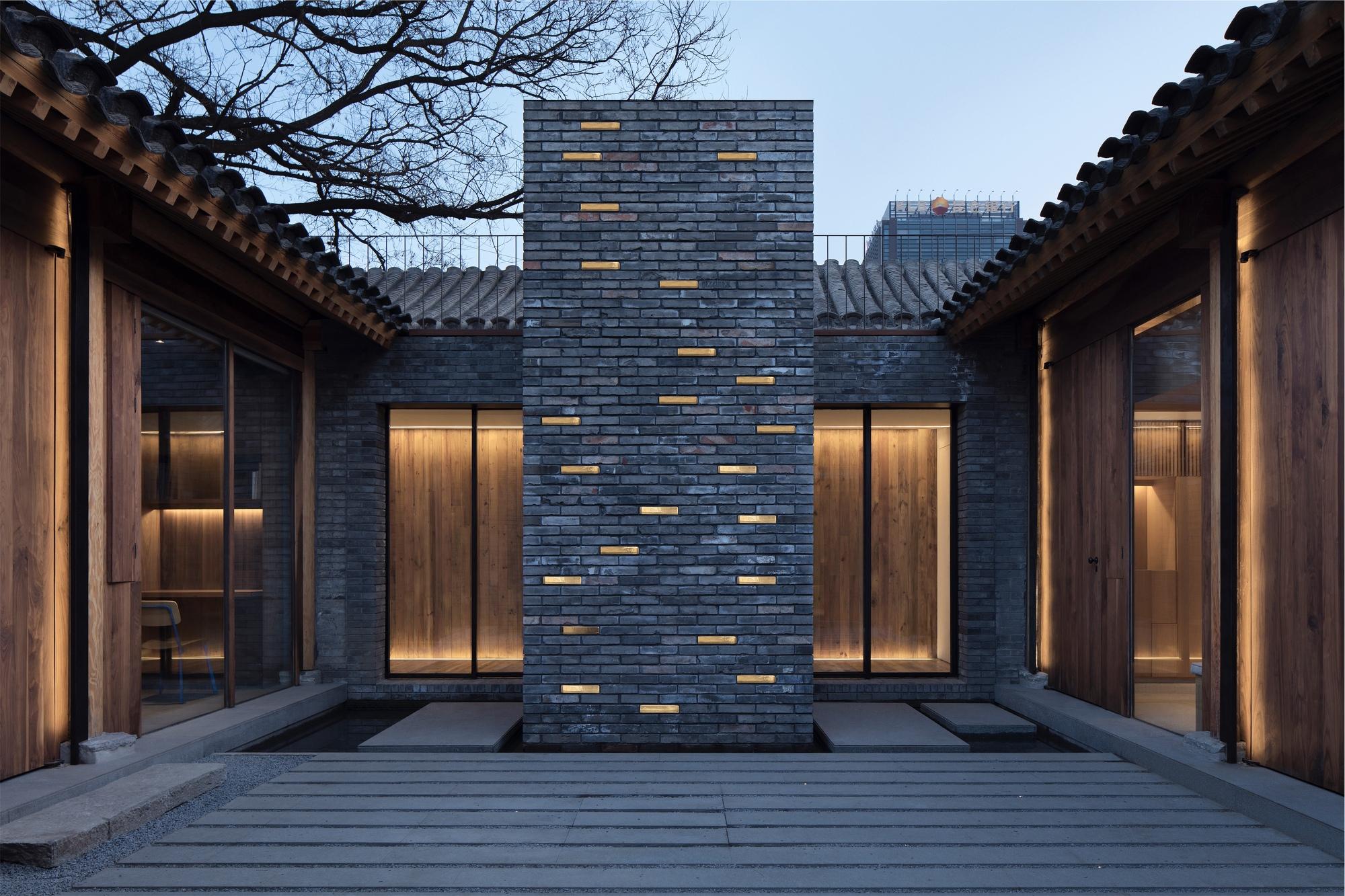White Pagoda Temple Hutong Courtyard Renovation / B.L.U.E. Architecture Studio
